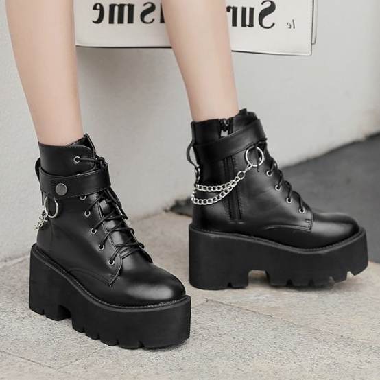 Gdgydh-New-Sexy-Chain-Women-Leather-Autumn-Boots-Block-Heel-Gothic-Black-Punk-Style-Platform-Shoes (1)